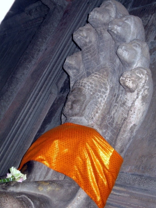 angkor-buddha-w-cobra-hood