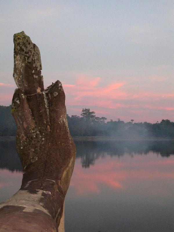 angkor-wat-sunrise-fog-ornament