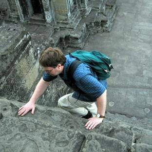 steve-on-inner-angkor-steps