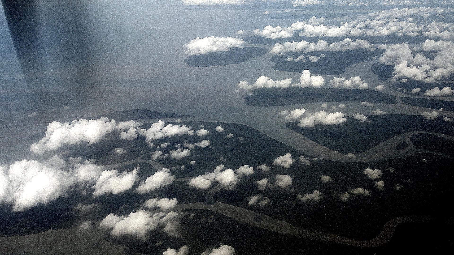 Islands & Clouds at Gulf-Coast Delta 2