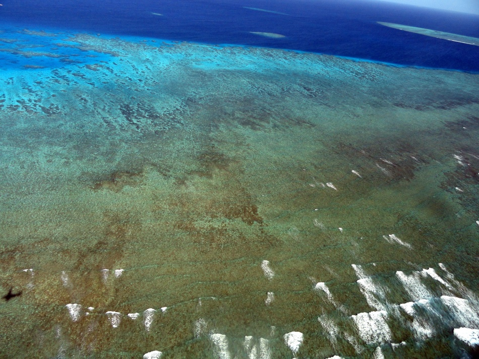 Over the Ribbon Reefs 2
