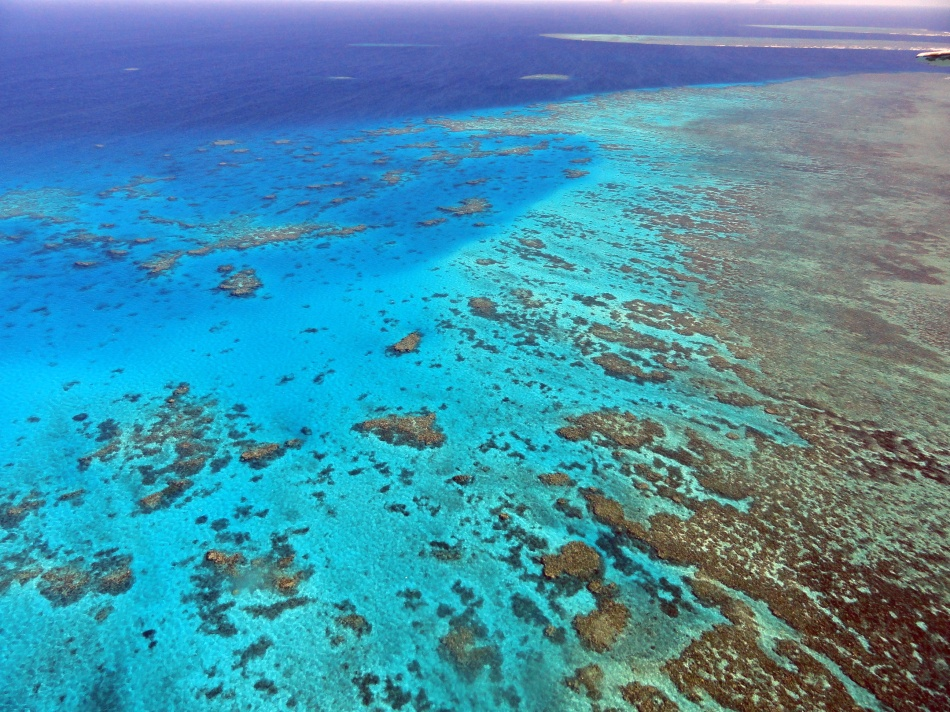 Over the Ribbon Reefs 3
