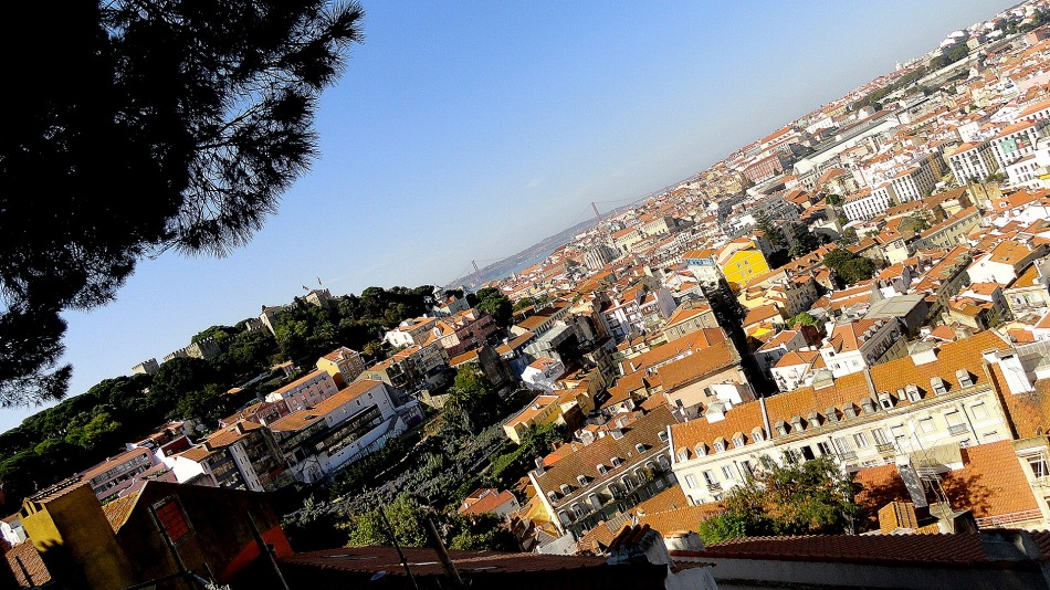 Castelo & City from Graca