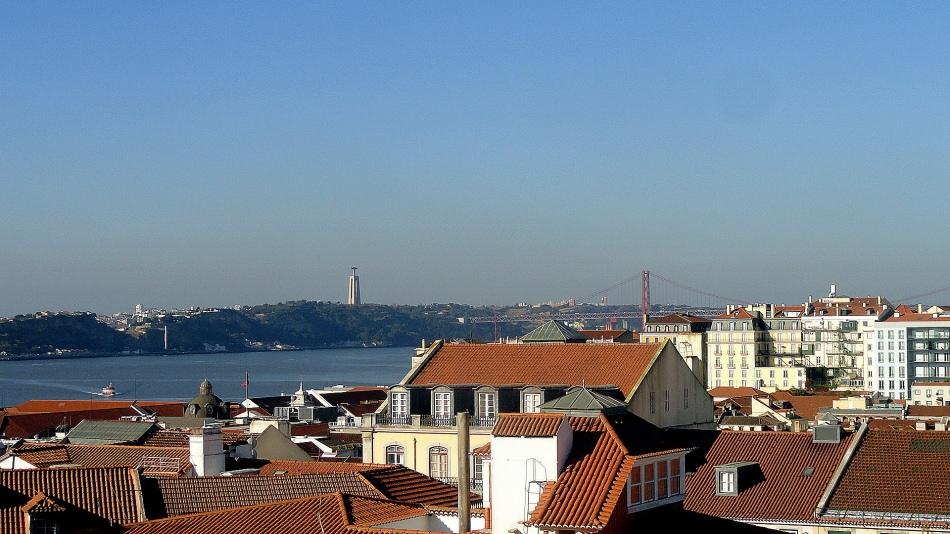 Monument-Bridge-Roofs