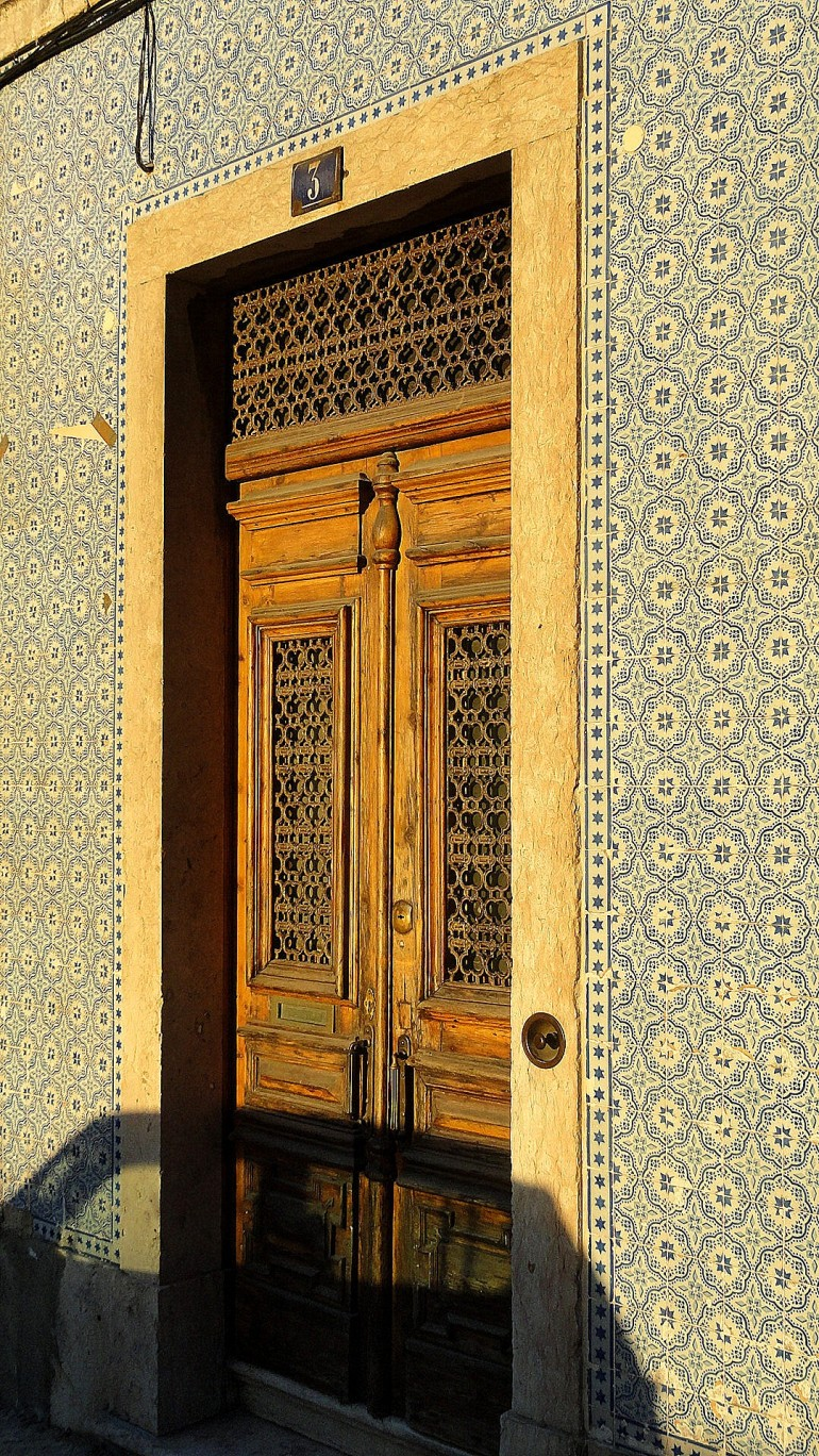 Sunrise Doorway w Shadow