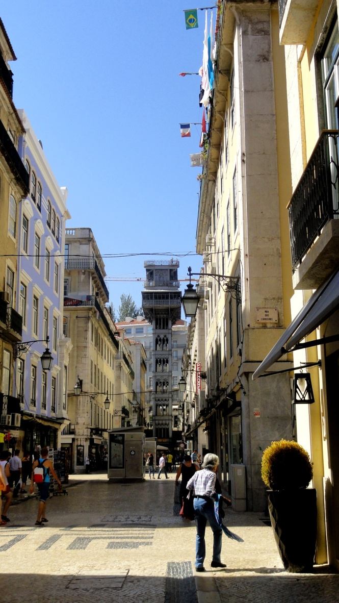 Town Corner toward Elevator