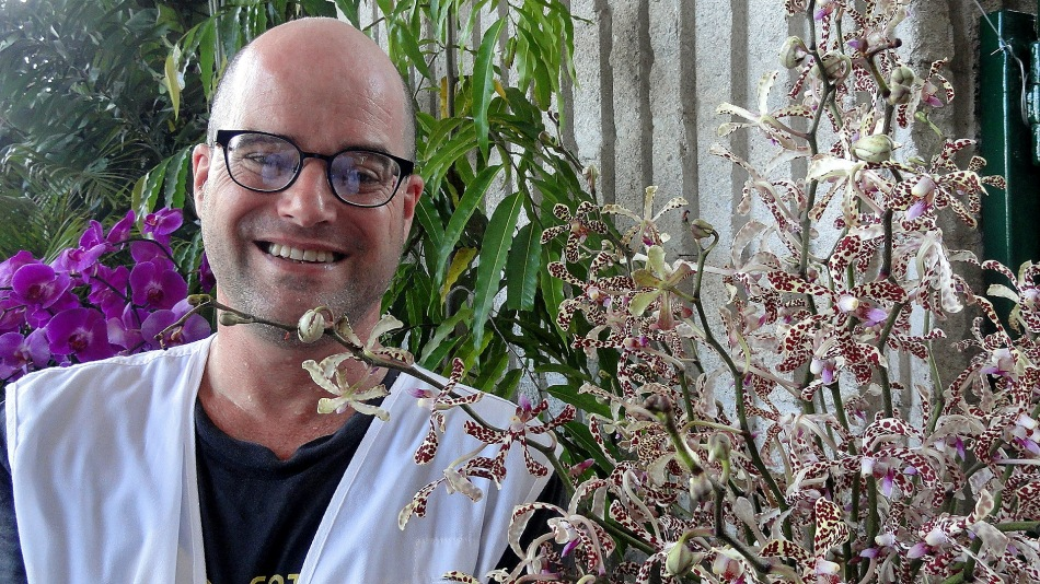 Paul at Parlt House w Baby Orchids