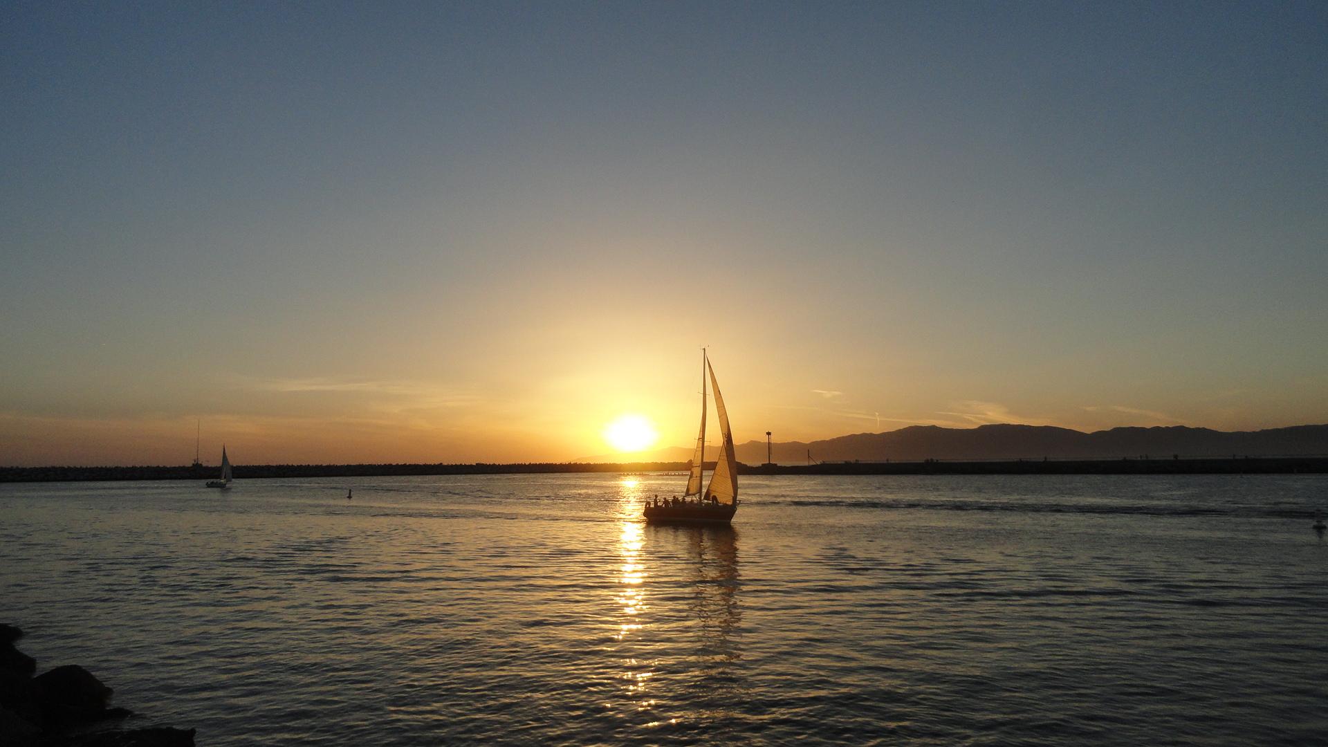 MdR Sunset Boat
