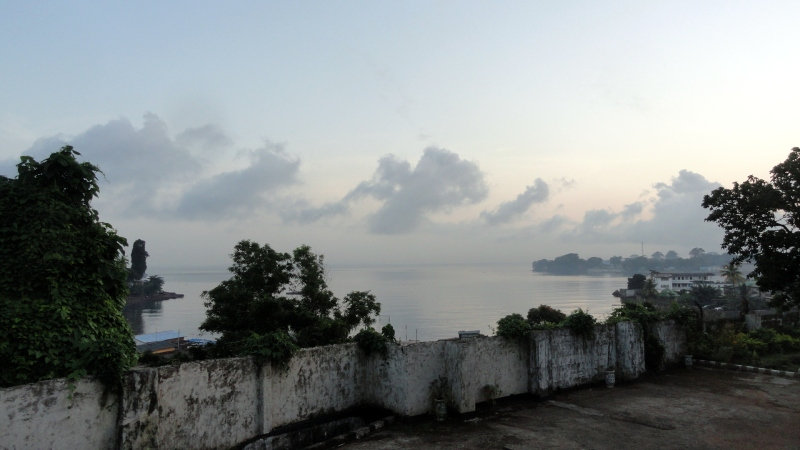Freetown - Bay 1