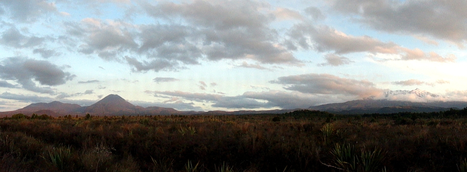 Pano Tongariro-Ngauruhoe-Ruapehu 2