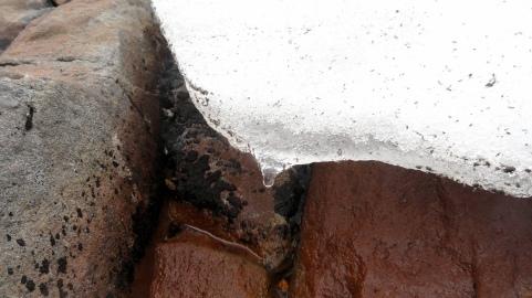 Snowmelt on Ruapehu