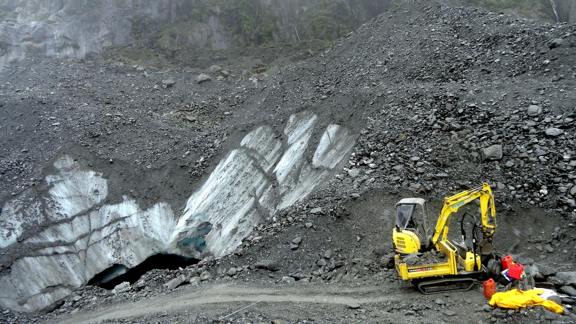 FJ Glacier Ice Cave & Equipment