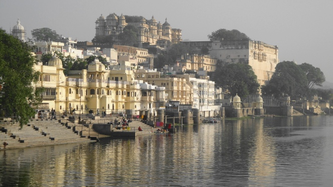 City Palace & Ghats w Reflection
