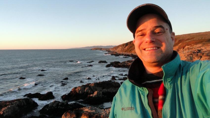 Paul Selfie Bodega Head