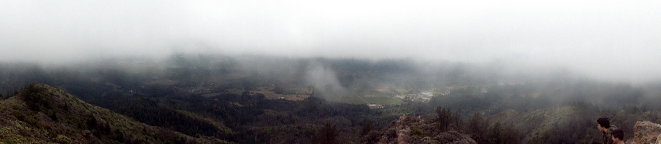 160514 Cloudy Valley of the Moon - from Gunsight Rock