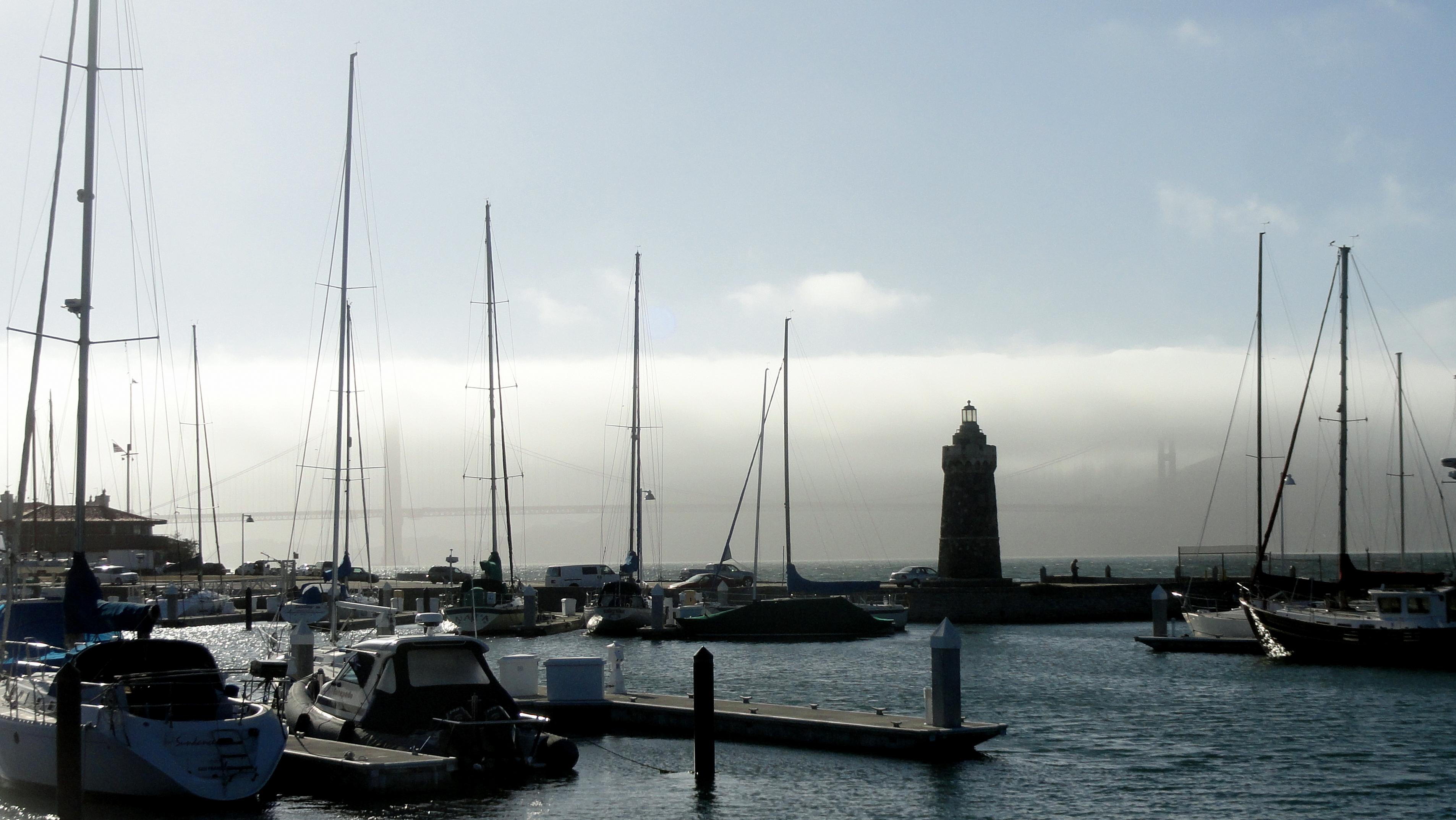 GGB & Lighthouse at Marina
