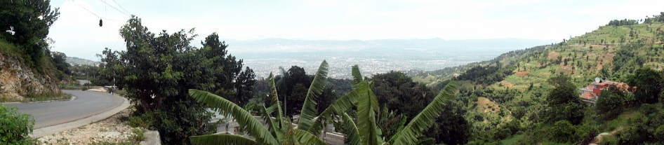 city-pano-from-montagne-noir-2