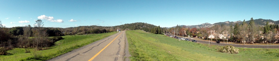 path-hills-pano