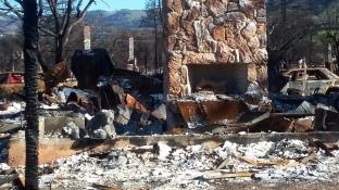 171205 chimney Y rubble - redwood hwy by mws road