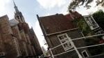 Tile Roofs & ArtShops