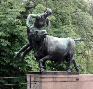 1806 Oslo - Bridge Sculpture 1