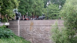 1806 Oslo - Bridge Sculpture 8