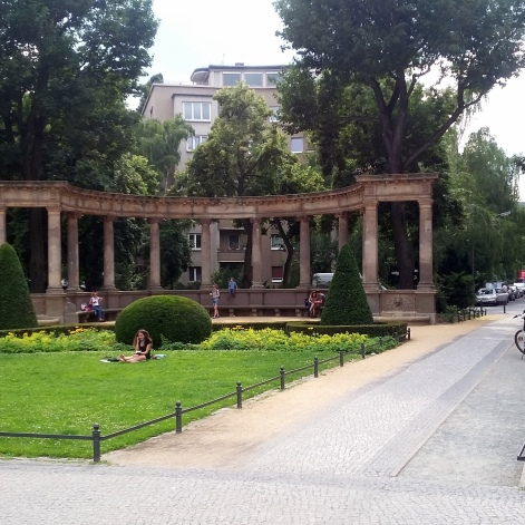 1806 Viktoria-Luise Platz 1