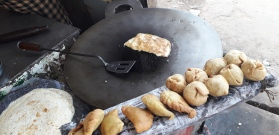 181110 Breakfast Paratha & Egg