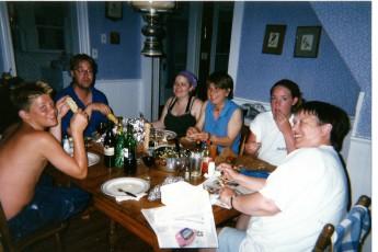 0106 Chincoteague AaronSteveNanaMariaHeatherMom