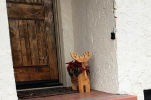 Doorstep Deer & Poinsettias