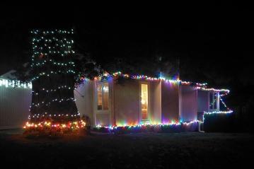 Lit Tree & House