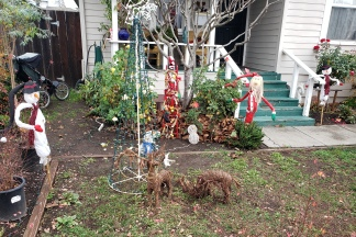 Scarecrows Reindeer & A Tree